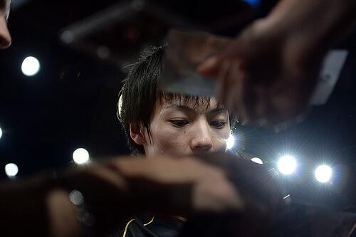 この画像は、サイトの記事「卓球専門 YouTube 【卓球】シェークハンズ 【公式】 最新動画 新着映像 歴代人気映像 ご紹介!」のイメージ写真画像として利用しています。