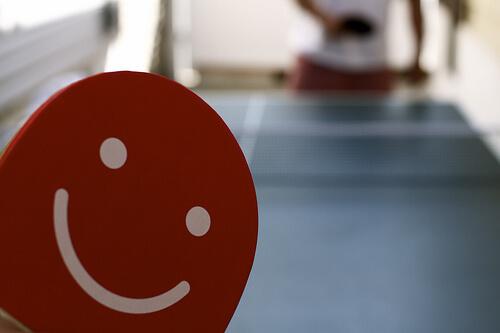この画像は、サイトの記事「卓球 ラケット 選び方 おすすめYouTube無料動画まとめ集!」のイメージ写真画像として利用しています。