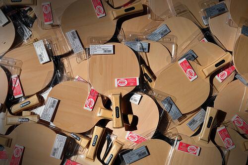 この画像は、サイトの記事「卓球 ラケット 紹介 おすすめYouTube無料動画まとめ集!」のイメージ写真画像として利用しています。